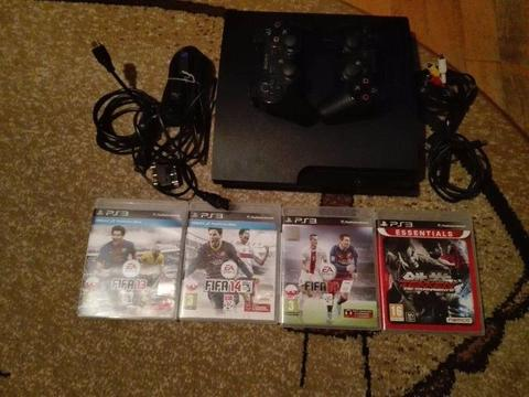 Playstation 3 plus 4 gry
