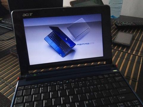 Netbook Acer Aspire One ZG5