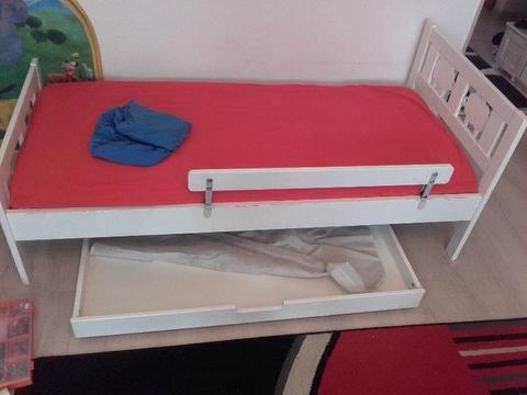 Łóżko ikea kritter tapczan materac szuflada