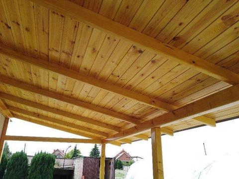 Drewniane zabudowy ogrodu i domu