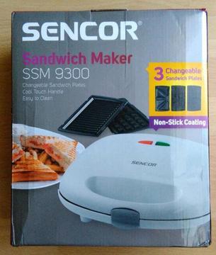 Opiekacz 3 w 1 SENCOR SSM 9300