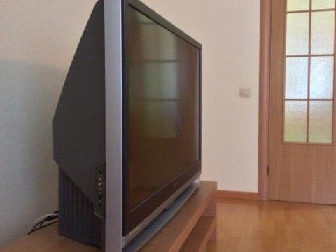 Sprzedam TV projekcyjny Sony+kino domowe Sony+stolik pod tv