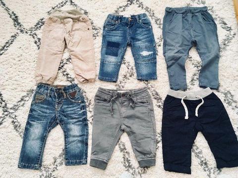 Spodnie Zara. Spodnie na jesień. Modny chłopczyk
