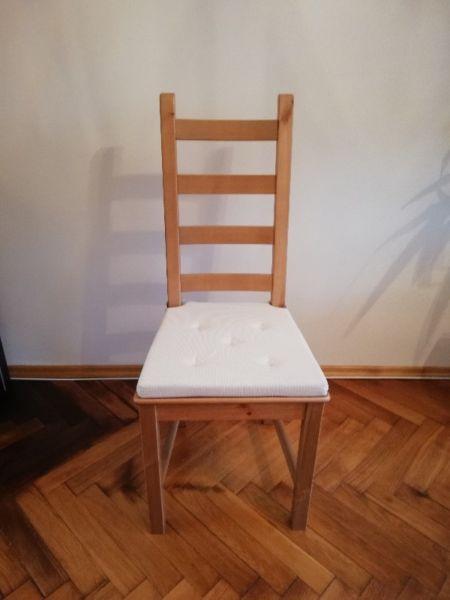 Sprzedam 4 krzesła model KAUSTBY z IKEI jak Nowe! Transport na terenie Warszawy gratis