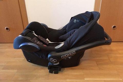 Fotelik nosidełko Maxi Cosi Cabrio-Fix 0-13 kg