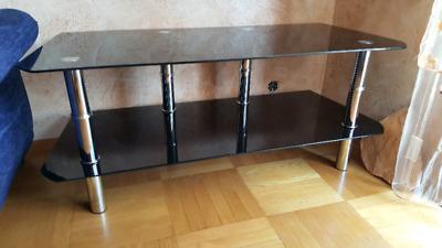 szklany czarny stolik szafka RTV pod telewizor widoczną na zdjęciach stan bardzo dobry