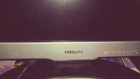 Oddam za darmo Monitor 17 cali Philips