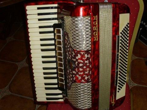 Akordeon Horch 120bas