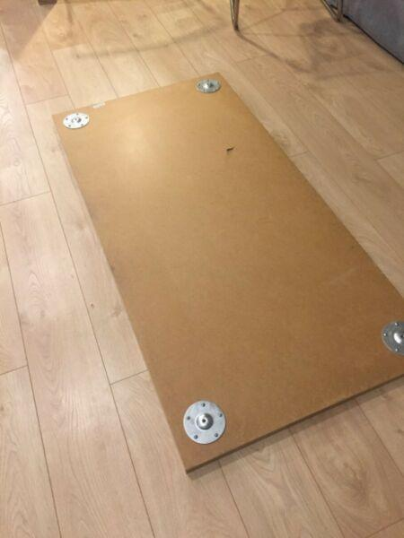 ODDAM BIURKO IKEA