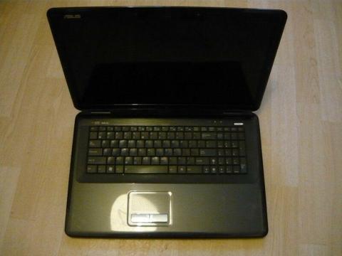 Sprzedam tanio uszkodzony laptop Asus PRO79AB 17cali (zbita matryca) do naprawy lub na części