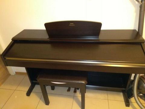 Cyfrowe pianino YAMAHA YDP 181